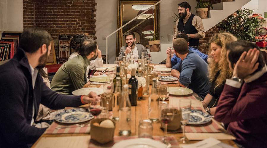 A CASA DEL MAESTRO: CENA SINGLE CON CHEF PRIVATO MILANO