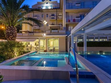 Luna Riccione Only Adults Hotel