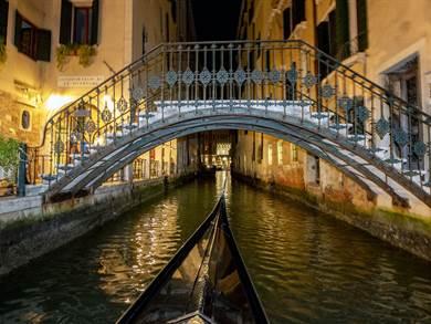 Ponte Halloween Single nella Venezia dei Misteri
